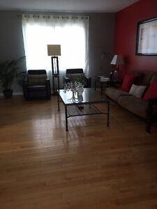 Fantastic Single home for rent  / Maison à Louer Dans Le Plateau Gatineau Ottawa / Gatineau Area image 2