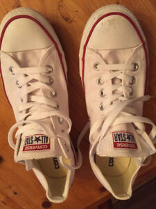 converse mens sneakers white low top size 9 or women sz 11