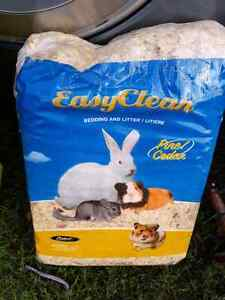 Easy cleaning Animal bedding