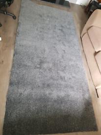 Grey carpet offcut - 128cm x 268cm