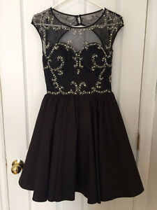 Grad/Prom Dress, Black with silver, size 2