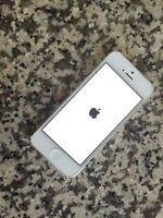 White Iphone 5 Locked to Bell