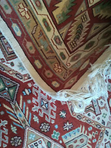 Persian Rug - Excellent Condition, hand woven wool