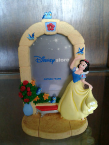 Snow White Picture Frame