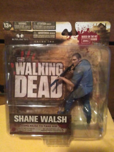 THE WALKING DEAD SERIES 2 SHANE WALSH ACTION FIGURE