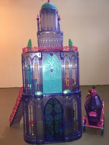 Barbie Château de diamant cheval et calèche magique