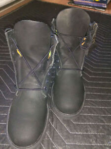 Timberland boots 120$