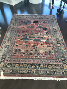 Area rug 5 ft x 7ft