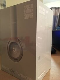 Wireless solo beats 2. UNOPENED.