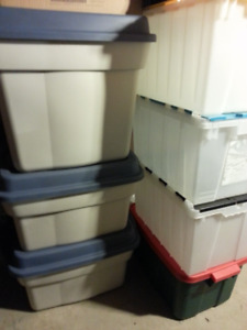 STORAGE  CONTAINERS   ..   CLEAN