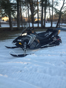 2017 Polaris Aventure 800 with electric start and reverse studed