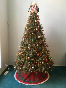 Festival of Trees Christmas Tree - 9 ft, pre lit w decorations