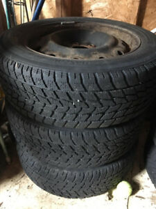 4 Winter Tires for 195$