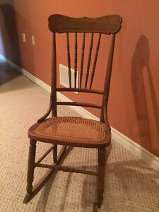 Antique chairs and rocker for sale Stratford Kitchener Area image 4