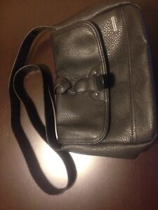 Small roxy purse