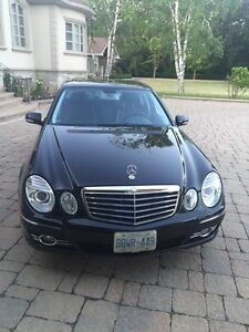 Mercedes E300-2009- VERY LOW KM- with Navigation