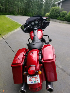 2013 harley street glide **REDUCED**