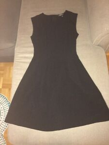 2 Dynamite dresses, size small