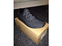 350 Yeezy Boosts Adidas. Cheapp!
