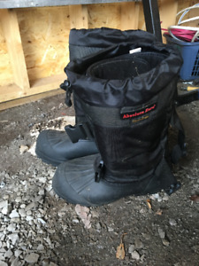 New - Men's Absolute Zero Winter Boots - Size 13