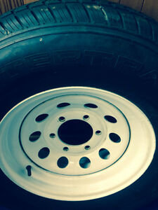 6 Stud Trailer Rims No Rust. With 225/75/15 On Them.