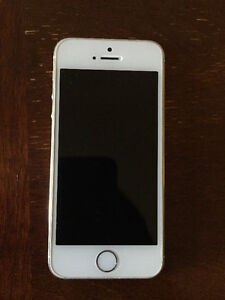 $400 OBO UNLOCKED SILVER IPHONE 5S GREAT CONDITION