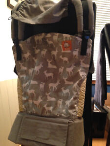 TULA Baby Carrier (Fawn) + Infant Insert - New (Charleswood)