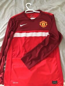 Select size small authentic soccer jerseys Kitchener / Waterloo Kitchener Area image 3