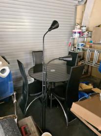 Freestanding spot lamps