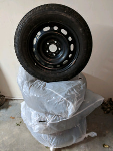 Winter tires on rims - Michelin X-Ice - 205/65/R16