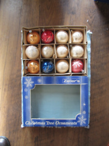 vintage christmas tree ornaments from Zellers