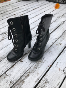 Size 7 ankle boots