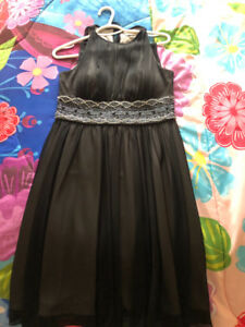 Beautiful dress for evening or for a night out!