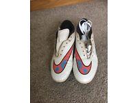 Boys size 7 uk football boots