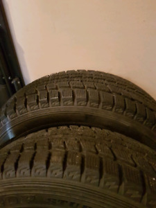Dunlop winters tires 215.60r15