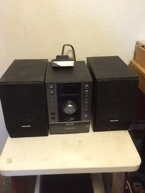 Phillips Home HiFi System featuring CD player, Radio & iPod Dock