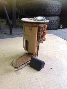 Pompe à gas Corolla 1998