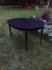 Oval Table  London Ontario image 2