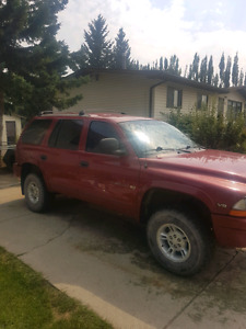 1999 red Dodge Durango 4X4 5.9L V8