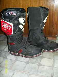 new mx boots and snocross boots Kawartha Lakes Peterborough Area image 1