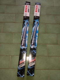 pair bosch aerotwin AP21U windscreen wiper blades (front)