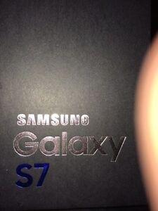 Brand new Samsung Galaxy s7 64 unlocked black