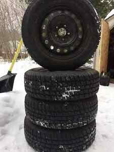 Cooper Weather Master on rims 205/65R16