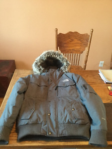 North Face Parka Men's small