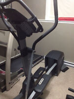 Proform 1280S Elliptical w/REFLEX STEP (easy on knees) & INCLINE