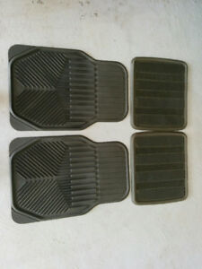 Car rubber mats - 4 pieces