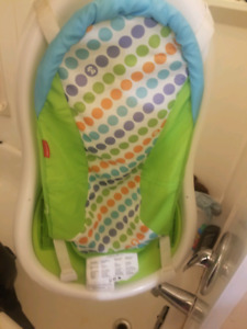 Fisher Price infant to toddler tub