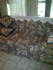 COUCH (CHESTERFIELD) WITH MATCHING CHAIR