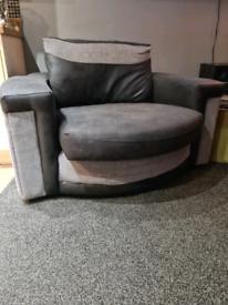 Swivel chair black & grey
