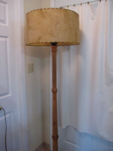 ANTIQUE WOODEN FLOOR LAMP WITH ORIGINAL SHADE